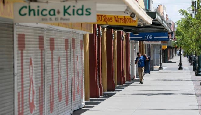 El Paso closes non-essential businesses